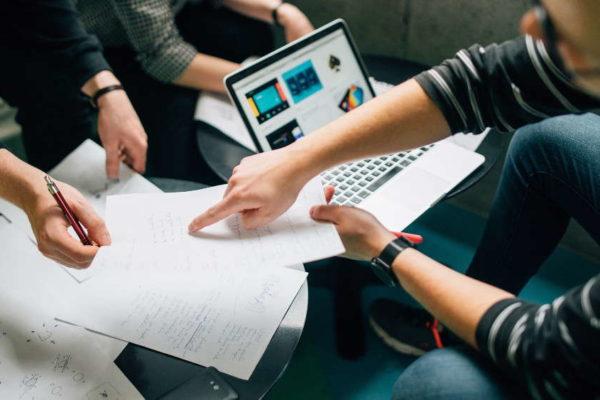 Jak korzystać z menedżera scenariuszy?